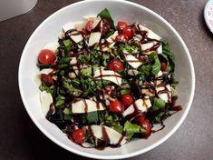 Veggie Tray, Dessert Recipes, Desserts, Farmers Market, Cobb Salad, Sprouts, Salads, Vegetables, Christmas Recipes