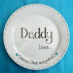 Copyright for this design belongs to Amanda Kilbride/www.bluebellecreate.co.uk. Under no circumstances can this design be recreated or copied in any form. Hand painted personalised Father's Day gift plate. http://www.bluebellecreate.co.uk/bluebellecreate/prod_1393745-Fathers-Day-Gift-Plate.html