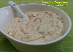 Finally, here's the weekend! Last Friday we prepared this delicious cream for a birthday cake: the hazelnut cream! here is the recipe on our BlogGZ #nonapritequellapentola! http://blog.giallozafferano.it/nonapritequellapentola/crema-alle-nocciole/