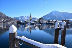 Winter am Tegernsee in Bayern, Deutschland. Winter at lake Tegernsee in Bavaria, Germany.