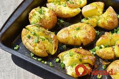 Wrinkled potatoes in the oven — a masterpiece of Portuguese cuisine! Meat Recipes, Vegetarian Recipes, Good Food, Yummy Food, Romanian Food, Diy Food, No Cook Meals, Food Network Recipes, Portugal