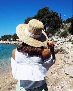 Croatia Travel Diary  www.fashiioncarpet.com  #summer #croatia #travelblogger