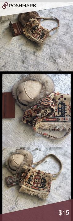 Bag hat 🎩 and wallet 20% off 3 or more items. Real fur hat 🎩 wallet and Bag Accessories