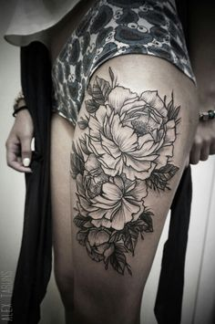 These 10 Black & Beautiful Peony tattoos will timelessly bloom on your skin forever. Get your King Flower tattoo too! White Flower Tattoos, Black And White Flower Tattoo, Floral Tattoos, Leg Tattoos, Black Tattoos, Body Art Tattoos, Tatoos, Tattoo Thigh, Piercing Tattoo