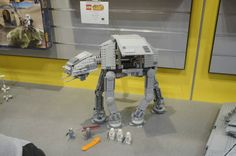 New in Box Disney Parcs Star Wars AT-AT Motorisé Walker NEUF