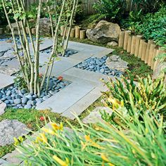 Rectangular bluestone slabs and blue river rocks - Garden Path Ideas: Mixed-Material Walkways