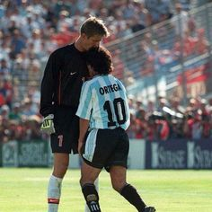 World cup 1998 , famous problem between Van Der Saar and Ortega World Football, Football Soccer, Football Players, Soccer Cup, Argentina National Team, Classic Football Shirts, Sport Icon, Fifa World Cup, Goalkeeper