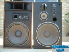 A visual side by side comparison of the two best speakers Radio Shack ever offered IMHO. Left: MACH ONE three way double voice coil non-ported speaker with L-pad controls. Hifi Audio, Stereo Speakers, Mach One, Sound Room, Hi Fi System, Best Speakers, Speaker Design, Loudspeaker, Audio Equipment