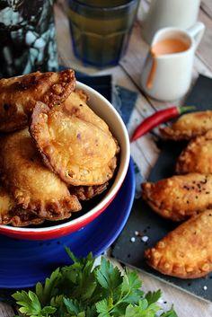 Illéskrisz Konyhája: ~ EMPANADA ~ Empanadas, Street Food, Cheddar, French Toast, Picnic, Meat, Breakfast, Morning Coffee, Cheddar Cheese