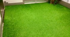 Why Restaurants Lay Artificial Grass for Outdoor Dining Seating Area