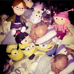 """That happened when I came home from a business trip and was tired and asleep. My girlfriend was bored and can't sleep... In the morning after she said: """"I have caught them when they climbed on you. That's not my fault."""" #minions #discapbleme #discapbleme2 #stuart #bob #kevin #gru #edith #agnes #margo #pictureoftheday #night #sleeping"""