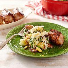 Knapperige paksoi stamppot met slavinken - recept - okoko recepten Dutch Recipes, Snack Bar, Grocery Store, Potato Salad, Seafood, Bakery, Lunch, Snacks, Chicken
