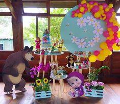 Bear Birthday, Birthday Diy, 2nd Birthday Parties, Unicorn Birthday, Party Decoration, Baby Shower Decorations, Marsha And The Bear, Bear Party, Ideas Para Fiestas