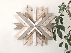 Laura Burkhart Creative Wood Wall Decor, Wood Wall Art, Cool Woodworking Projects, Wood Projects, Rustic Wood Crafts, String Wall Art, Feature Wall Design, Zen Design, Wooden Walls