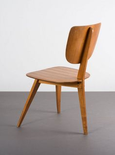 Helmut Magg; Nut Wood and Maple Chair for WK-Moebel, c1953.