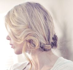 Just gorgeous Boho plait wedding hairstyle http://www.lovemaegan.com/2011/04/pretty-side-french-braid-low-updo-hair.html