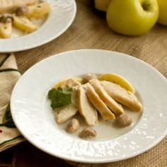 Chicken with Apples and Cream by lizzydo
