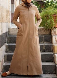 The Shakura Jilbab. A practical zip up and wear jilbab with some urban undertones. Abaya Fashion, Modest Fashion, Modest Outfits, Fashion Outfits, Hijab Gown, Hijab Outfit, Muslim Women Fashion, Islamic Fashion, Moslem Fashion