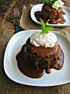 sweetsugarbean: Warm & Fuzzy: Sticky Toffee Pudding with Molasses Sauce
