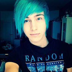 8 Best Guys With Blue Hair Images Hair Colors Haircolor Blue Hair