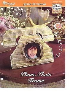 Canvas Picture Frames, Canvas Frame, Pc Photo, All Craft, Plastic Canvas Patterns, Needlepoint, Straw Bag, Pet Supplies, Pictures