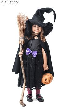 Here is Witch Outfit Ideas Collection for you. Witch Outfit Ideas halloween witch costume ideas make up ideas hooded cloak. Toddler Witch Costumes, Cheap Halloween Costumes, Halloween Kostüm, Halloween Outfits, Girl Costumes, Costume Ideas, Costumes Kids, Homemade Witch Costume, Last Minute Diy Costumes