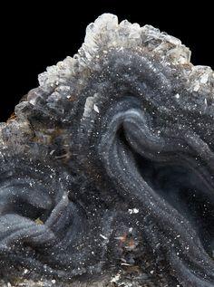 cryptocrystalline quartz or chalcedony