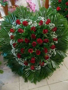 Idea Of Making Plant Pots At Home // Flower Pots From Cement Marbles // Home Decoration Ideas – Top Soop Casket Flowers, Grave Flowers, Cemetery Flowers, Church Flowers, Funeral Floral Arrangements, Church Flower Arrangements, Funeral Bouquet, Funeral Flowers, Wreaths For Funerals
