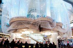 Cosmopolitan Las Vegas   chandelierbar
