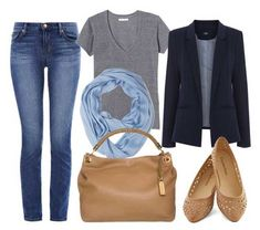 What to wear on a plane: outfit suggestions and advice for stylish air travel. Find out what to wear on a plane, and how to look good at the airport. Mode Outfits, Casual Outfits, Fashion Outfits, Womens Fashion, Navy Blazer Outfits, Simple Outfits, Fashion Capsule, Petite Fashion, Runway Fashion