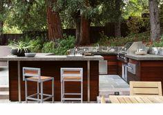 My DREAM backyard patio Modern Outdoor Kitchen, Outdoor Kitchen Bars, Outdoor Living, Outdoor Kitchens, This Old House, Nachhaltiges Design, Home Design, Design Ideas, Grill Design