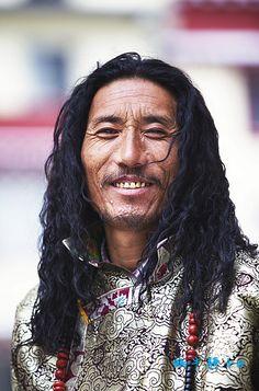 tibetan  khampa