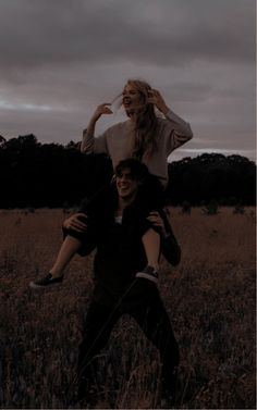 Relationship Goals Pictures, Cute Relationships, Couple Aesthetic, Aesthetic Pictures, Aesthetic Art, Cute Couples Goals, Couple Goals, Slytherin Aesthetic, Photo Couple