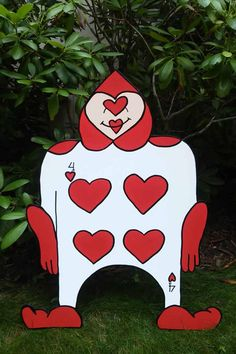 playing card men stand up