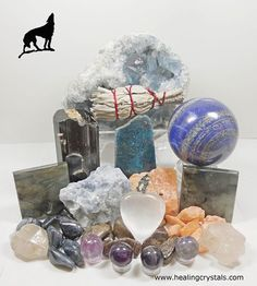 Wolf Animal Totem - Crystal Reference Library - Information About Crystals As A Healing Tool