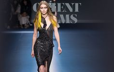 Versace – 116 photos - the complete collection