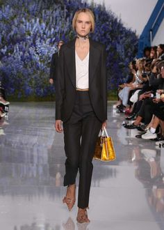 Spring-Summer 2016 Ready-to-Wear | DIORMAG