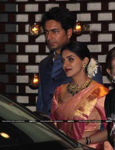 Sridevi, Aishwarya, Shah Rukh at Nita Ambanis Party for Harbhajan, Geeta