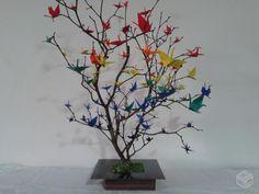 """Árvore de origami """"tsuru""""                                                                                                                                                     Mais"""