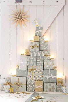Árvore de natal criativa! Confira ideias no link!  (Foto: Divulgação) #arvoredenatal #christmas #christmastree #christmastreedecorideas #casavogue