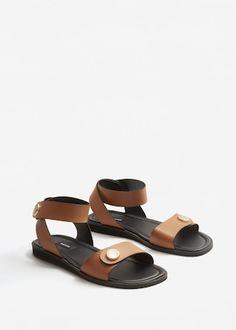 Leren sandalen met studs - f vooLeerwaren Dames | MANGO Nederland
