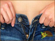 EL MEJOR SPA. El usar ropa demasiado ajustada, puede traernos serias complicaciones de salud como infecciones vaginales, mala circulación, problemas de postura, mala digestión y celulitis. Te sugerimos no utilizar ropa demasiado apretada porque además de los problemas antes mencionados, te hará marcar la grasa de las áreas en donde la piel se comprime. Te sugerimos venir a Velamen SPA a realizarte nuestros tratamientos modelantes y reductivos, para lucir una figura esbelta. Llámanos al…