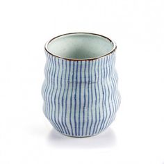 Good teas can refresh your body, Japanese Tea Cup With Stripes can color your life, come here to let your body refresh and life become colorful! Ceramic Pottery, Pottery Art, Japanese Tea Cups, Japanese Tea Ceremony, Tea Stains, Best Tea, Drinking Tea, Tea Set, Tea Towels