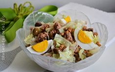 salata cu ton si oua fierte Nutella, Cobb Salad, Salads, Deserts, Food And Drink, Cooking Recipes, Eggs, Muffins, Breakfast