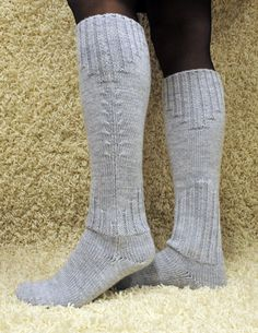 Teetee Pallas pitkät pitkävartiset ohuet villasukat Crochet Socks, Knitting Socks, Knit Crochet, Men In Heels, Wool Socks, Knit Picks, Knee High Socks, Boot Cuffs, Crochet Accessories