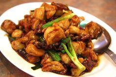 Spicy Cashew Chicken Stir-Fry | Trim Down Club Exchanges per Serving: 2 Protein