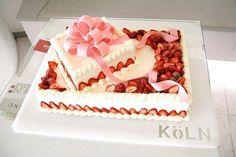 18 Edible Topper Tiara Cupcake Décoration-givrage OU TRANCHE PAPIER