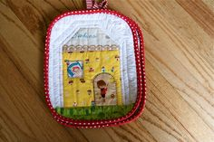 love this little potholder by a quilt is nice (http://aquiltisnice.blogspot.ca/)