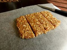 The Conscientious Eater: Homemade Lara Bars: Cashew Cookie (Three Ingredients)