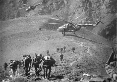 Airmobile operation in afghans mountains for a mixed unit of soviet VDV/Spetsnaz.